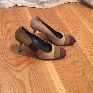 Beautiful ISAAC MIZRAHI Heels